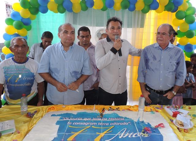 Hildo Rocha, fábio braga e o prefeito de Vargem Grande