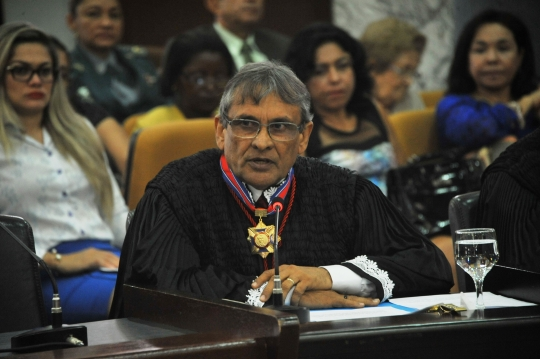 Desembargador Ribamar Castro