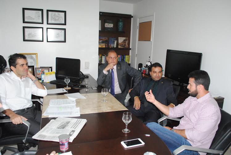 Gil Cutrim com os deputados Josemar de Maranhãozinho, Rogério Cafeteira e Adriano Sarneyu